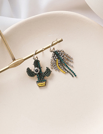Fashion Green Rhinestone Cactus Leaves Flowers Asymmetrical Earrings
