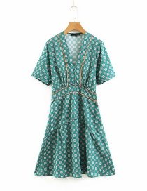 Fashion Green V-neck Dress With Printed Contrast Stitching