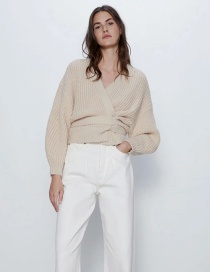 Fashion Cream Color Knit V-neck Sweater With Belt