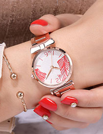 Fashion Red Leaf Watch With Quartz