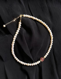 Fashion Pink Strawberry Crystal Shaped Natural Pearl Necklace