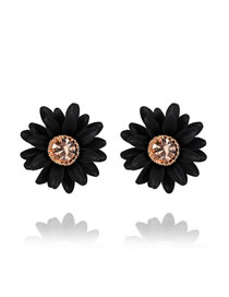 Fashion Black Small Daisy Diamond Stud Earrings