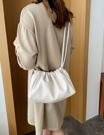 Fashion White Cloud Shoulder Shoulder Bag