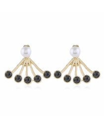 Fashion Black Pearl Scalloped Diamond Earrings