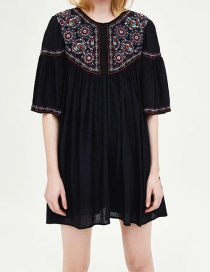 Fashion Black Embroidered Tulle Loose Round Neck Dress