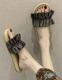 Fashion Golden Ruffled Word Wear Flat Sandals And Slippers