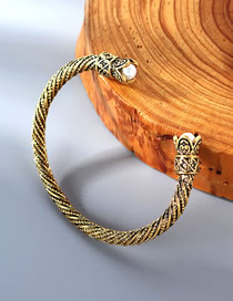 Fashion Kc Gold Spiral Bracelet With Flowers And Pearls
