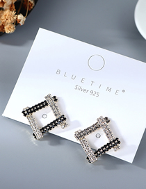 Fashion White Gold-plated Hollow Diamond Earrings