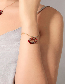 Fashion Golden Diamond Lip Cutout Alloy Bracelet