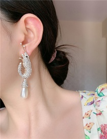 Fashion Gold Color Silver Needle Crayfish Pearl And Diamond Alloy Earrings