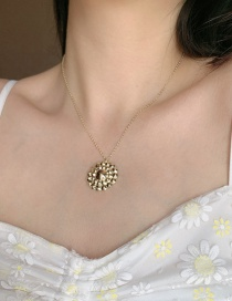 Fashion Sunflower Gold-plated Carved Gemstone Necklace