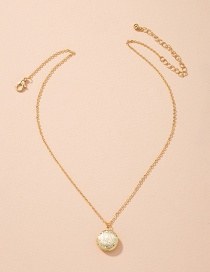 Fashion Golden Round Embossed Alloy Necklace
