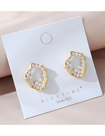 Fashion Golden Real Gold-plated Pearl Irregular Geometric Earrings