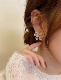 Fashion Golden Pearl Hollow Bow Earrings