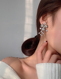 Fashion Silver Diamond Alloy Geometric Earrings