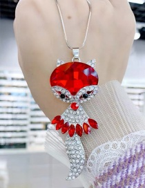 Fashion Red Crystal And Diamond Fox Alloy Necklace