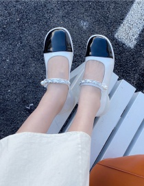Fashion White Contrasting Color Buckle Metal Chain Low-heel Shoes
