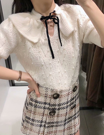 Fashion White Faux Pearl Inlaid Doll Neck Tie Knit Top