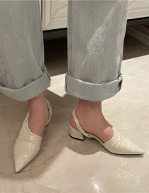 Fashion Pearl White Pointed Thick Heel Woven Hollow Sandals