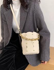 Fashion White Bucket Handbag With Rivet Chain