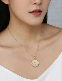 Fashion Golden Round Embossed Portrait Single Layer Necklace