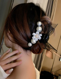 Fashion Black Large Large Pearl Flower Spinning Bow Hair Claw