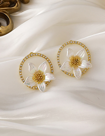 Fashion White Lily Flower Stud Earrings