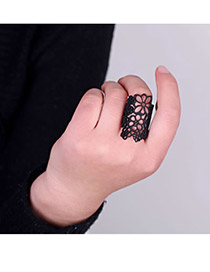 Personal Black Hollow Out Flower Alloy Korean Rings
