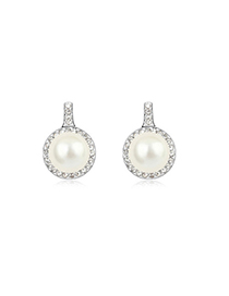 Chunky White Round Shape Simple Design Pearl Crystal Earrings