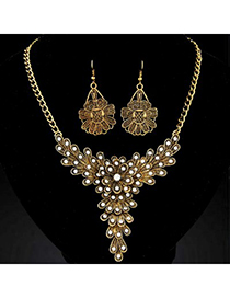 Upper gold color diamond decorated flower  design alloy Jewelry Sets