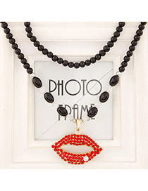 Oversized Red Diamond Decorated Lips Pendant Design Alloy Bib Necklaces