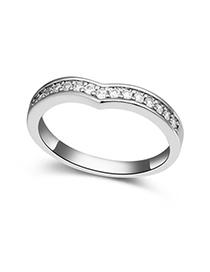 China White Diamond Decorated Heart Shape Design