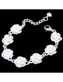 Medieval White Flower Shape Decorated Simple Design Alloy Korean Fashion Bracelet