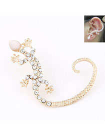 Players Gold Color Diamond Decorated Gecko Shape Design