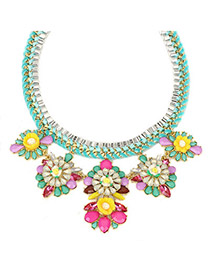 Automatic green gemstonedecoratedflowerdesign alloy Fashion Necklaces