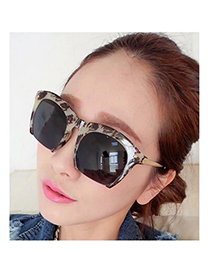 Affordable gray thin legs half frame design resin Women Sunglasses