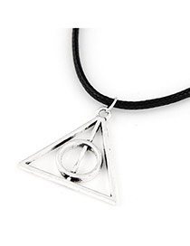 Personalized Silver Color Triangle Shape Pendant Decorated Simple Design Alloy Pendants