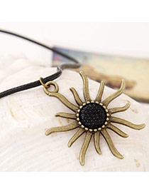 Special Bronze Flower Shape Pendant Simple Design Alloy Chains