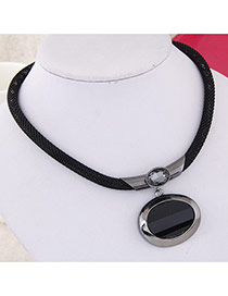 Fashion Gun Black Round Gemstone Pendant Decorated Simple Design
