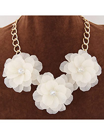 Sweet White Three Big Flower Decorated Short Chain Design Alloy Bib Necklaces
