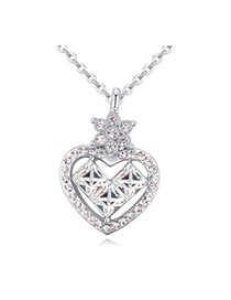 Luxurious White Diamond Decorated Heart Pendant Design Alloy Crystal Necklaces