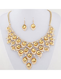Exaggerated Gold Color Waterdrop Shape Diamond Decorated Collar Design