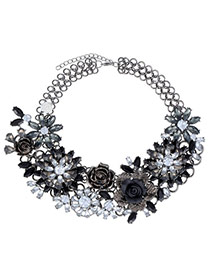 Extravagant Black Rose Flower Decorated Simple Design Alloy Bib Necklaces