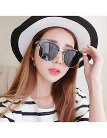 Temperamental Black Half Frame Simpledesign Plastic Women Sunglasses