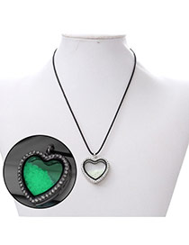 Personality Green Heart Shape Pendant Decorated Noctilcent Design Alloy Chains
