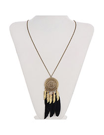 Retro Black Round Pendant Decorated Feather Tassel Design