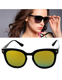 Fashion Red Metal Decorated Simple Design Plastic Women Sunglasses