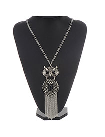 Retro Silver Color Owl Pendant Decorated Tassel Design