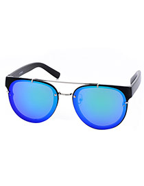 Fashion Blue+black Metal Decorated Reflective Film Simple Design Resin Women Sunglasses