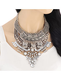 Retro Silver Color Flower Pattern Decorated Multilayer Design